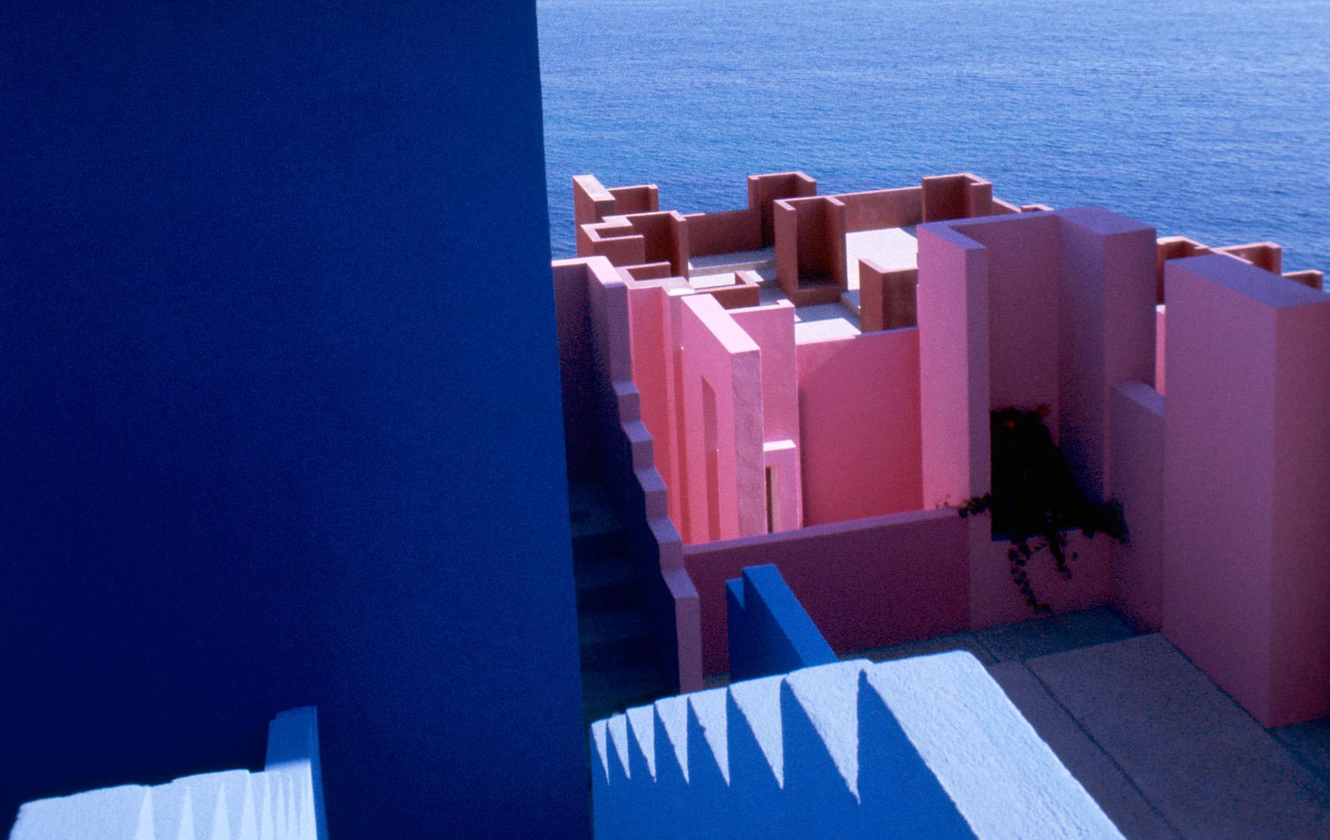 Ricardo Bofill – Farbe und Licht – im Kontext