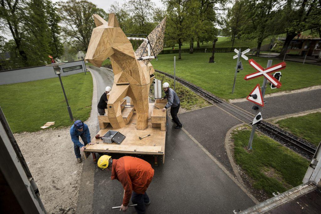 """""""Der Trojanische Pegasus"""" auf dem Gurten Bern"""